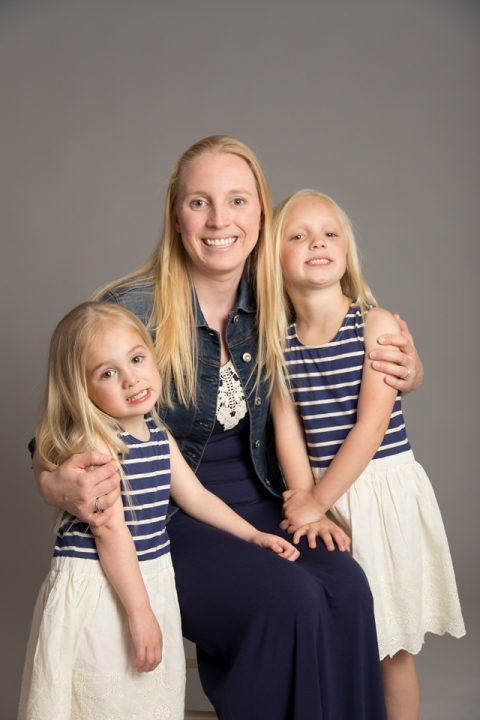 Family, Mom, Girls, Daughters, Family Portrait, Studio Photography